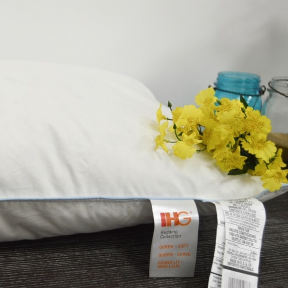 """Set of 2 IHG Touch of Down Soft Support Pillow Queen 20/"""" x 30/"""""""